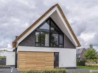 Modern houses by 2architecten Modern