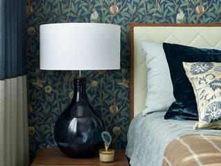 Спальня для девушки Спальня в эклектичном стиле от ELENA SKUTOVA Эклектичный