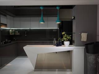 Adarsh CLassic - Mumbai (c.a 2000 sq.ft) Hinge architects Modern kitchen