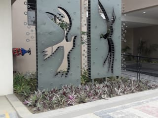 outdoor sculpture south wings kolkata Asian style hospitals by mrittika, the sculpture Asian