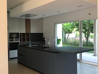 EMME CONCEPT Built-in kitchens Engineered Wood