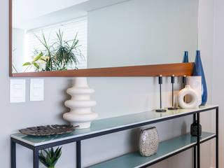 Consola a medida Comedores modernos de Soma & Croma Moderno Derivados de madera Transparente