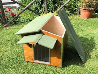 Pet House Design® Front yard Wood Brown