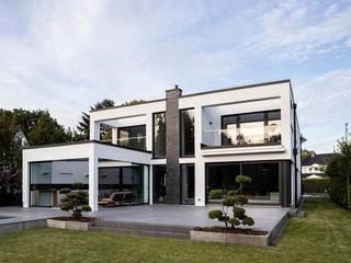 Einfamilienhaus Hamburg Nord Lichtja Licht und mehr GmbH Einfamilienhaus