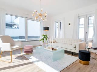 Salas de estilo moderno de Cornelia Augustin Home Staging Moderno