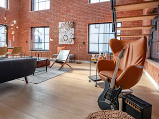 Industrial style living room by Cornelia Augustin Home Staging Industrial