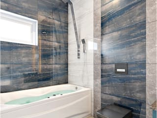 Monnaie Interiors Pvt Ltd BathroomBathtubs & showers Wood Wood effect