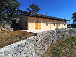 Luís Duarte Pacheco - Arquitecto Villas Wood Beige