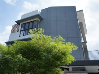HOUSE 47 N O T Architecture Sdn Bhd Terrace house