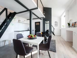 Studio Modelowania Przestrzeni Livings de estilo industrial Metal Blanco