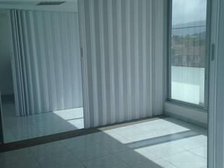 Puertas Plegables en PVC rígido PERSIANAS DE COLOMBIA Puertas corredizas