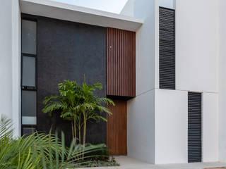 Studio 360 Modern home