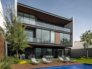 모던스타일 주택 by GLR Arquitectos 모던