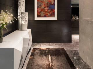 GLR Arquitectos Modern corridor, hallway & stairs