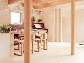 菰野の家 北欧デザインの ダイニング の a.un 建築設計事務所 北欧