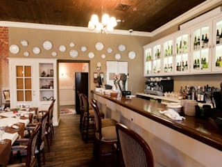 Classic style dining room by ООО 'Студио-ТА' Classic