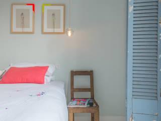Mabella Artisans Interior Design Kamar tidur kecil Kayu