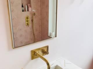 Mabella Artisans Interior Design Kamar Mandi Gaya Eklektik Ubin Pink