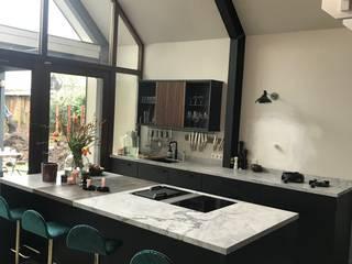 Mabella Artisans Interior Design Dapur Gaya Eklektik Marmer Black