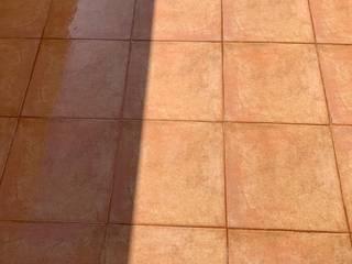 Reparación de filtraciones a través de baldosas del pavimento de una terraza. EUROPA 9