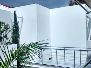 C. A. arquitectos Modern houses