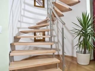 Stiegen und Treppen: Individuell - von modern bis traditionell von Steinkogler - Stiegen,Geländer,Vollholzhäuser Klassisch