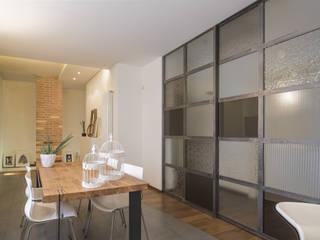 MICHELE VOLPI STUDIO INTERIOR DESIGN Industrial style dining room Grey
