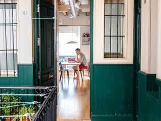 IMAGINEAN Коридор, прихожая и лестница в модерн стиле Дерево Зеленый