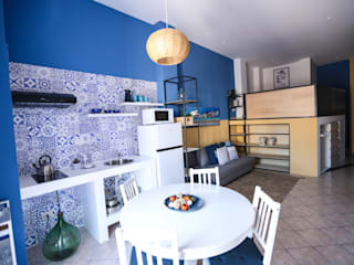 Stabile Case Vacanze 100mq T_C_Interior_Design___ Sala da pranzo in stile mediterraneo