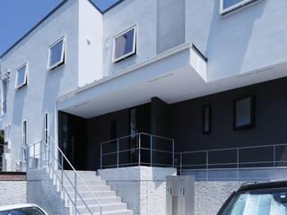 von 菅原浩太建築設計事務所 Modern