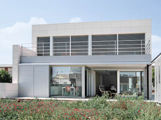 Casa unifamiliar en Santa Coloma de Farners Soler Valiente Arquitectes Casas unifamilares Hormigón Blanco