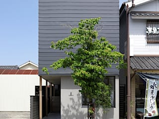 川尻の町家 モダンな 家 の 柳瀬真澄建築設計工房 Masumi Yanase Architect Office モダン