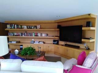 Centro de Entretenimiento Arte y Decoración en Maderas Sala multimediaMuebles Derivados de madera Acabado en madera