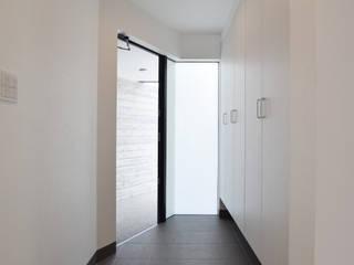 Hành lang, sảnh & cầu thang phong cách hiện đại bởi Style Create Hiện đại