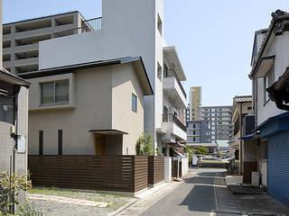 吉塚の家 の 柳瀬真澄建築設計工房 Masumi Yanase Architect Office モダン