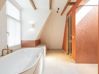 ÈMCÉ interior architecture Modern bathroom