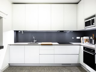 Desenho Branco Eclectic style kitchen