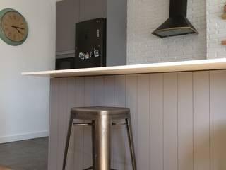 Desenho Branco Industrial style kitchen
