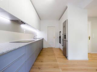 Desenho Branco Modern kitchen
