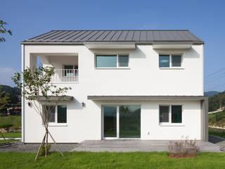 Modern houses by 위드하임 Modern