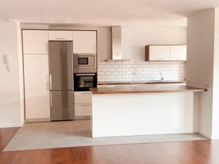 Reforma Vivienda Buenavista Cocinas de estilo moderno de Rediarq Interiorismo Moderno