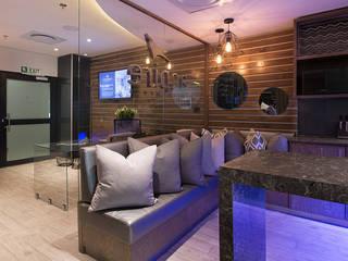 Wanda Michelle interiors Dapur Modern