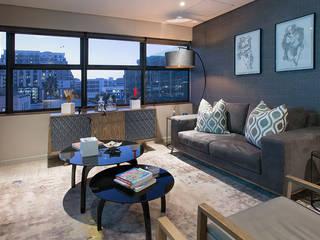 Wanda Michelle interiors Ruang Keluarga Modern