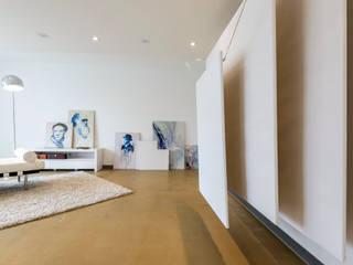 Cornelia Augustin Home Staging Oficinas y bibliotecas de estilo moderno