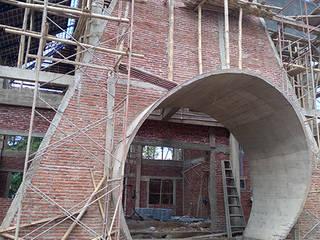 Alfaiz Design Balcones y terrazas de estilo moderno Concreto Gris