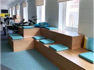 Congrau Engenharia Ruang Studi/Kantor Gaya Eklektik