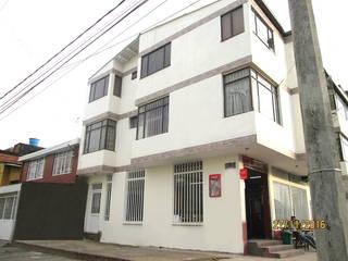 Remodelación de Fachada Casa Carvajal de PyH Diseño y Construcción