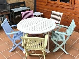 Dipingi i tuoi mobili da giardino rovinati di Mobili a Colori Rustico