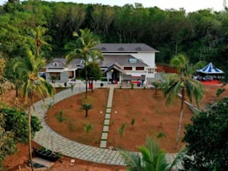 Construction Company in Kannur Classic style houses by Glory Constructions Classic