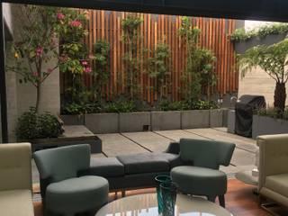 TERRAZA Balcones y terrazas modernos de Jardin Urbano Moderno
